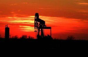 【石油】是怎麼形成的?目前全世界的石油還能用多少年呢?